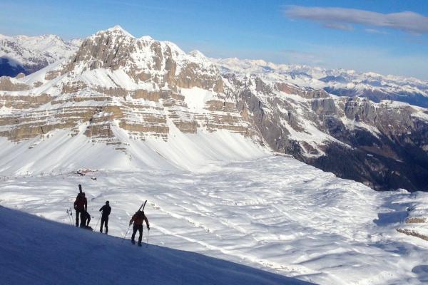 Noleggio sci a Madonna di Campiglio per settimane bianche sulle Dolomiti di Brenta